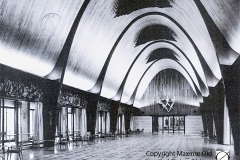 Grande salle de la Halle aux Toiles de Rouen Maxime Old 1960