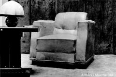 Ruhlmann Fauteuil confortable recouvert de cuir