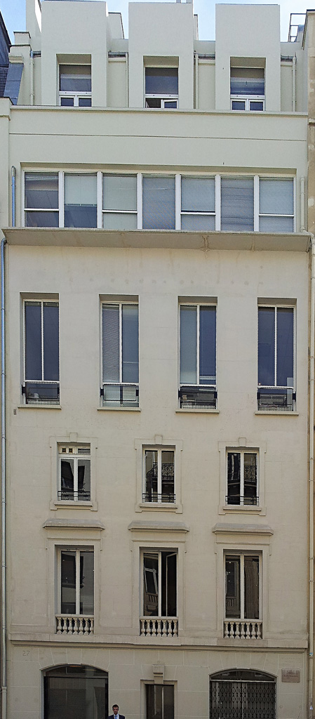 Ruhlmann by his fellow workers : imm-ruhlmann-27-rue-de-lisbonne-2013