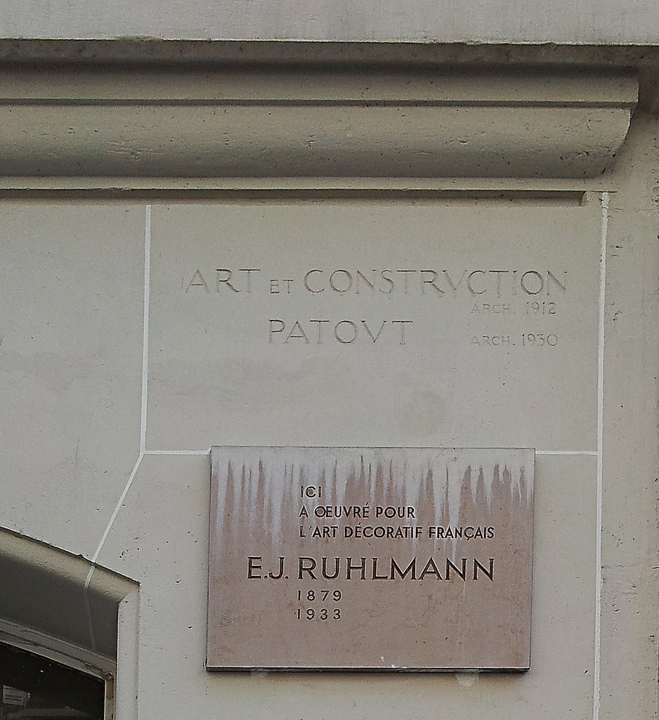 Ruhlmann by his fellow workers : plaque ruhlmann 27 rue de lisbonne