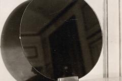 061 Ruhlmann Miroir rond sur support de bronze argenté 2/2