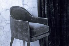 065 Ruhlmann Petit fauteuil en velours avec coussin indépendant