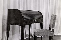 074 Ruhlmann Petit bureau à cylindre fermé