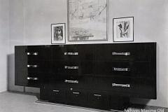 079 Ruhlmann Grand meuble à tiroirs 2/2