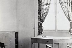 092-2 Ruhlmann Mobilier de chambre à coucher 3/4